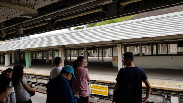 香港駅06